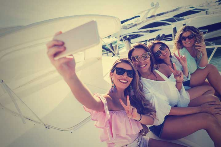 Cruise Hen Party